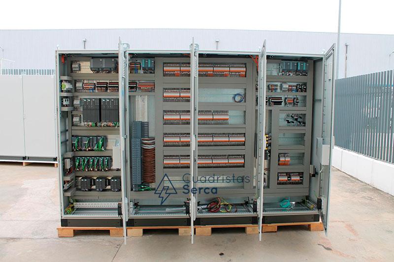 fabricación de armarios eléctricos de control